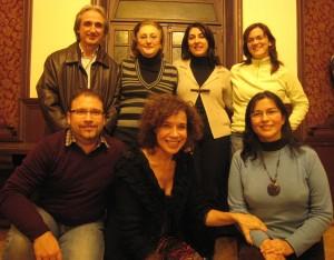 De pie: Paco Torres, Carmen Cayuela, Carla Franco y Ana Arribas. Sentados: Michael Thallium, Rosa García-Zarcos y Edith.