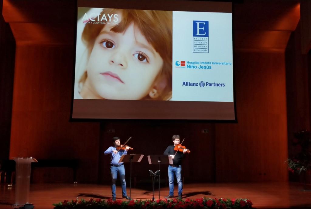 Los hermanos Pochekin durante los ensayos. Auditorio Sony, 21 de diciembre de 2019.